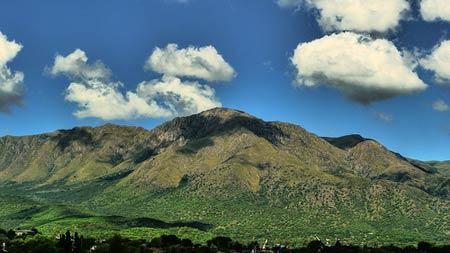 Vista del cerro de Uritorco