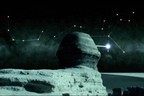 La Esfinge mirando hacia la Regulus, en Leo